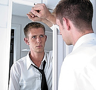 man-looking-in-the-mirror[1]